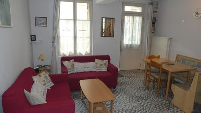 Photo for Townhouse near the harbor - 4 people - Free Wi-Fi 3 *