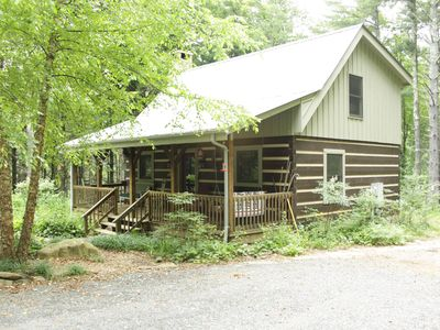Photo for Cabin on 14 Private acres; 20 min to Blowing Rock/W Jefferson,Boone