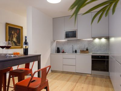 Photo for Rustic Lisbon -Beautiful traditional floor in Lisbon center w / terrace (6 people)