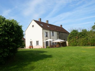 Photo for Authentic Burgundy holiday home with plenty of space and privacy, near Diges