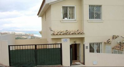 stunning views 4 bed spacious villa 2 swimming pools & kids play area & amenitie