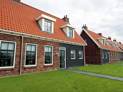 Photo for Holiday house with whirlpool and sauna in peaceful surroundings in Zeeland.