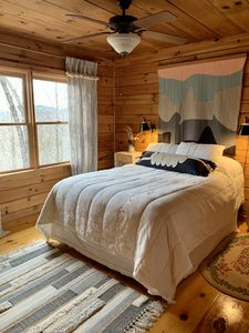 Photo for Cozy Cabin in ASKA Wilderness with Saltwater Hot Tub