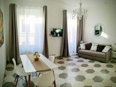 Photo for Holiday in Borgo 4. A stone's throw from S. Pietro and Castel Sant'Angelo