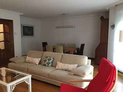 Photo for Centro de León, modern and comfortable, 150 m2. fully equipped. VUT LE 84