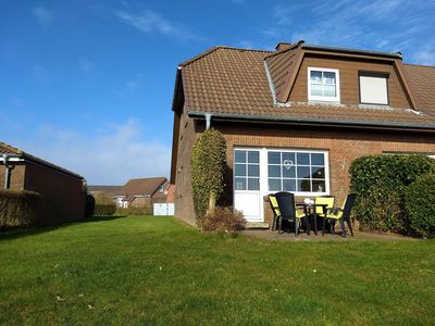 Photo for Haus Seedeich »Fynn« - The holiday home - 150m to the North Sea - with garden + WLAN