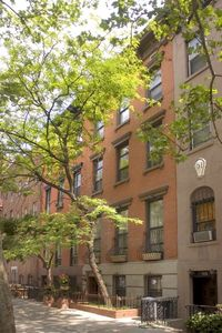 Photo for Fabulous Gramercy Area Townhouse in the Heart of Manhattan