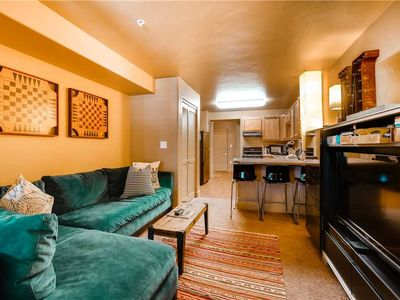Photo for Deluxe Mountain Condo w/Resort Amenities and in a Prime Location!