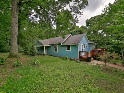 Photo for Wauhatchie Blue House - Pool, spa,  at the foot of Lookout Mtn. near Downtown