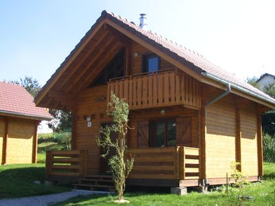 Photo for Wooden chalet with (dish)washer, close to a lake