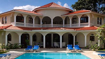 Photo for Luxury 6 Bedroom Villa in the Carribbean