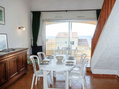 Photo for Apartment Les Trinquettes in Six Fours - 5 persons, 1 bedrooms