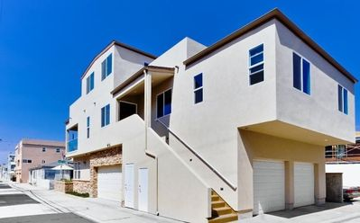 One house from Sand OCEAN VIEW 3bd/3.5 bath 1650 ft.² Sleeps 8 S Mission Beach