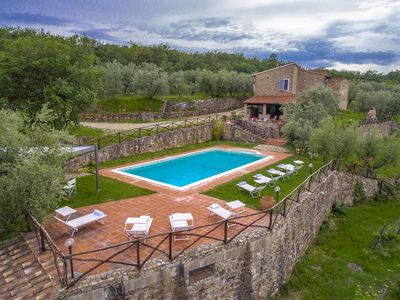 Photo for Villa Petra in the Tuscan countryside among green hills, vineyards and olive groves, it can host 10