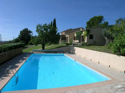 Photo for Provencal Villa, Large Pool, stunning Views, walking distance to the village