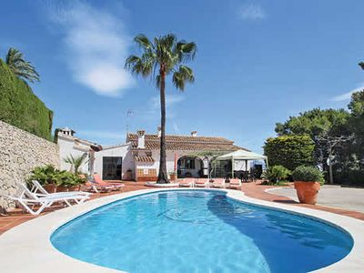 Photo for Peaceful villa for a relaxing getaway - traditional Spanish feel, kidney-shaped pool & gardens