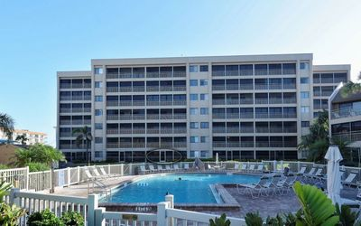 Photo for Chinaberry 415 - 2 Bedroom Condo with Private Beach with lounge chairs & umbrella provided, 2 Pools, Fitness Center and Tennis Courts.