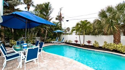 Fall Vacation Sale!!! Prices Reduced! Gone Coastal Too: Beautiful Family & Pet-Friendly Private Home with a Heated Salt Water Pool!