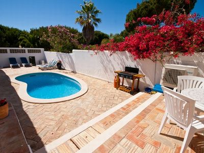 Photo for Vale do Garrao Villa, Sleeps 4 with Pool and Air Con