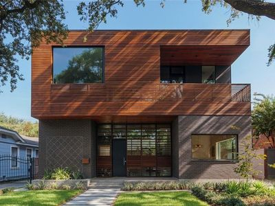 Photo for Award-Winning Modern Home in Heart of Houston's Montrose