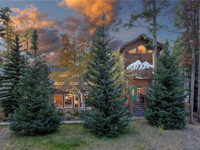 Photo for NEW - Wonderful, Spacious Home on Peak 8. Hot Tub. Fireplace. Deck.