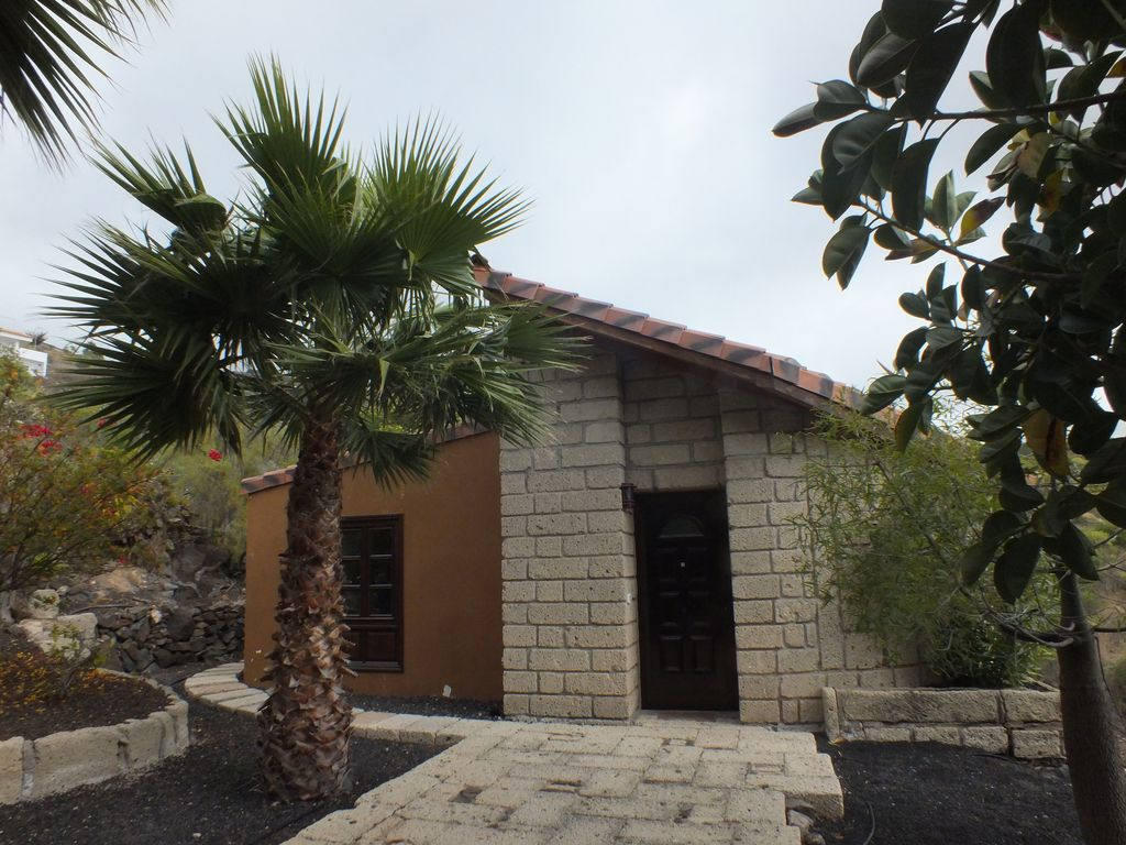 House 140 square meters, close to the sea