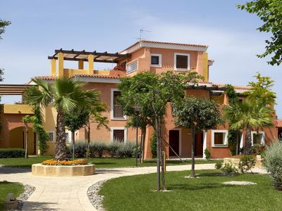 Photo for Mediterranean apartment with swimming pool near marina and beach.