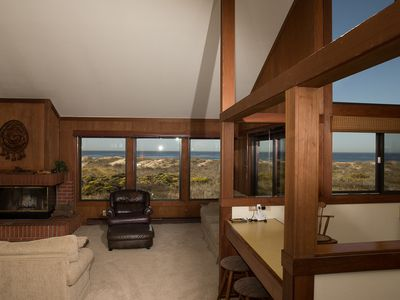 Photo for Monterey Dunes Beachfront getaway and play in the sand! Book now without waiting!