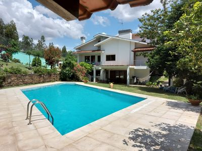 Photo for Amazing Villa with Pool, Tennis Court, 15 minutes from Porto, in Nature