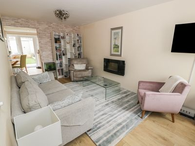 Photo for LUCY'S COTTAGE, pet friendly, with a garden in Old Colwyn, Ref 972214