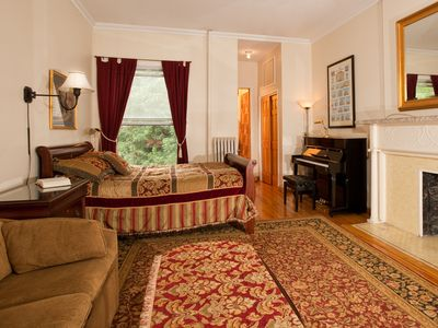 Photo for Lovely deluxe studio with queen bed near Lincoln Center with piano!