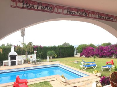Photo for VILLA 4 BEDROOMS, 3 BATHROOMS, LIVING ROOM, LARGE GARDEN, PRIVATE POOL, BARBECUE