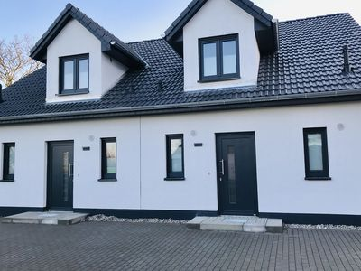 Photo for Semi-detached holiday home Wildrose Kühlungsborn with 6 bedrooms, terrace and garden