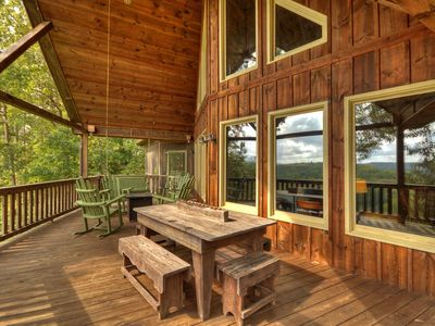 Photo for Large Family Retreat, GREAT Long range view! Loaded!