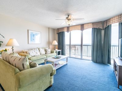 Photo for Spacious Oceanfront condo, great amenities + FREE DAILY ACTIVITIES