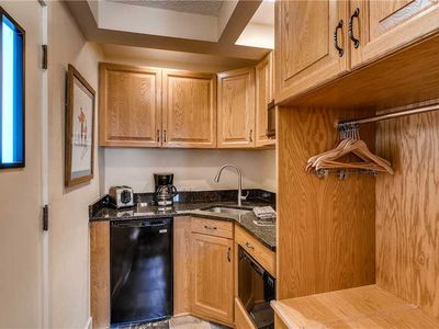 Photo for Ski-lodge hotel room with kitchenette in Vail's Lionshead Village   Westwind 306B