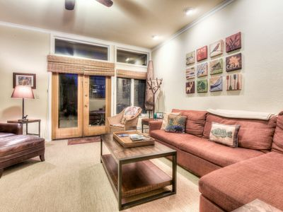 Photo for Relaxing McCloud Condo walk to Incline Beach, Family Friendly, Stone Fireplace