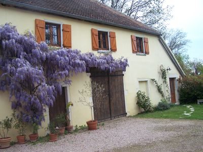 Photo for Givry Bed and Breakfast in quiet on the chalonnaise coast