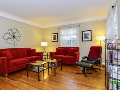 Charming Home with Sunroom Nestled in Nature a Short Walk to Downtown