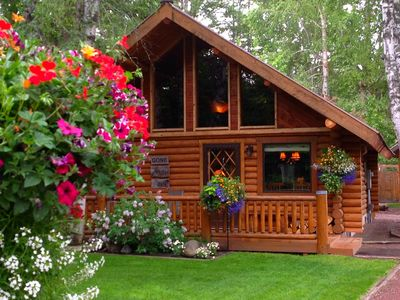 The Cabin at West Glacier - a beautifully remodeled log home by Glacier Park