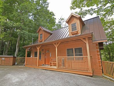 Photo for Log Cabin, 2 Bedroom / 3 Baths, Hot Tub, Pool Table, Excellent Mtn View