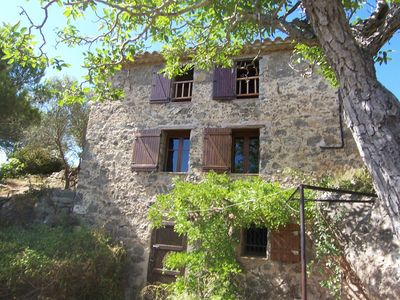 Photo for Le Refuge Des Garrigues: house, Beau Point De Vue, Frame Exceptional