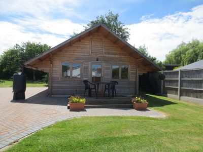 Photo for 1BR Cabin Vacation Rental in Canterbury, England