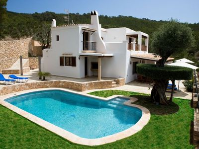 Photo for House very close to Santa Eulalia, with beautiful garden, large pool and terraces