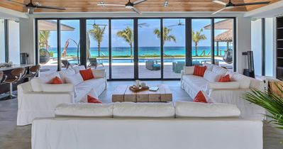Photo for Luxury villa on the beach, pool, gym, jaccuzi, home theater and more