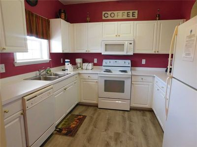 SPACIOUS 2BR located in Premier Barefoot* PERFECT for families and golfers!