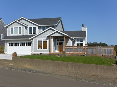 Photo for Large New Home, 3BD, 3BA, Dog Friendly, Sleeps 10, Ping Pong table