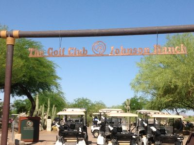 Great golf, driving range, outdoor restaurant, live music at the Terrace