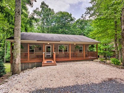 Photo for Cozy Home w/ Deck by Beech Mountain Skiing & Golf!