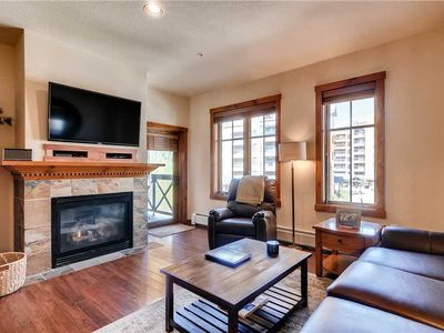 Photo for Condo with beautiful wood floors throughout, pool & hot tubs on-site